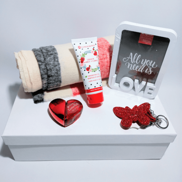 detalle-pack-de-regalo-mujer-san-valentin-love-red