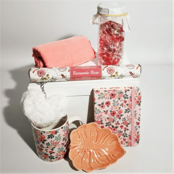 detalle-pack-de-regalo-pink-coffee