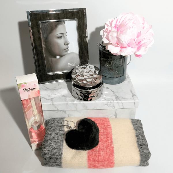 detalles-pack-de-regalo-mujer-glam