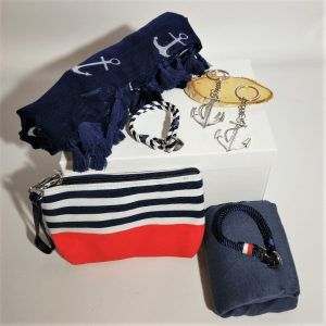 detalles-pack-regalo-para-parejas-marineras-love-sea