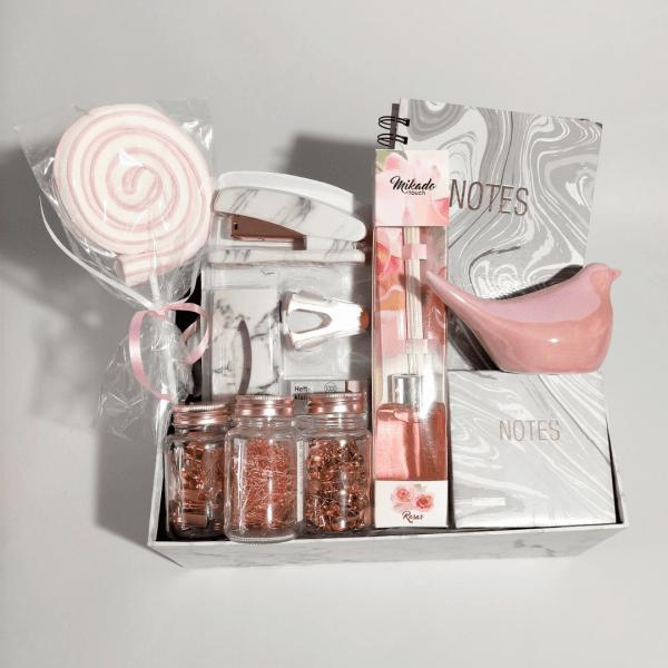 pack-de-regalo-oficina-marmol-casa-rosa